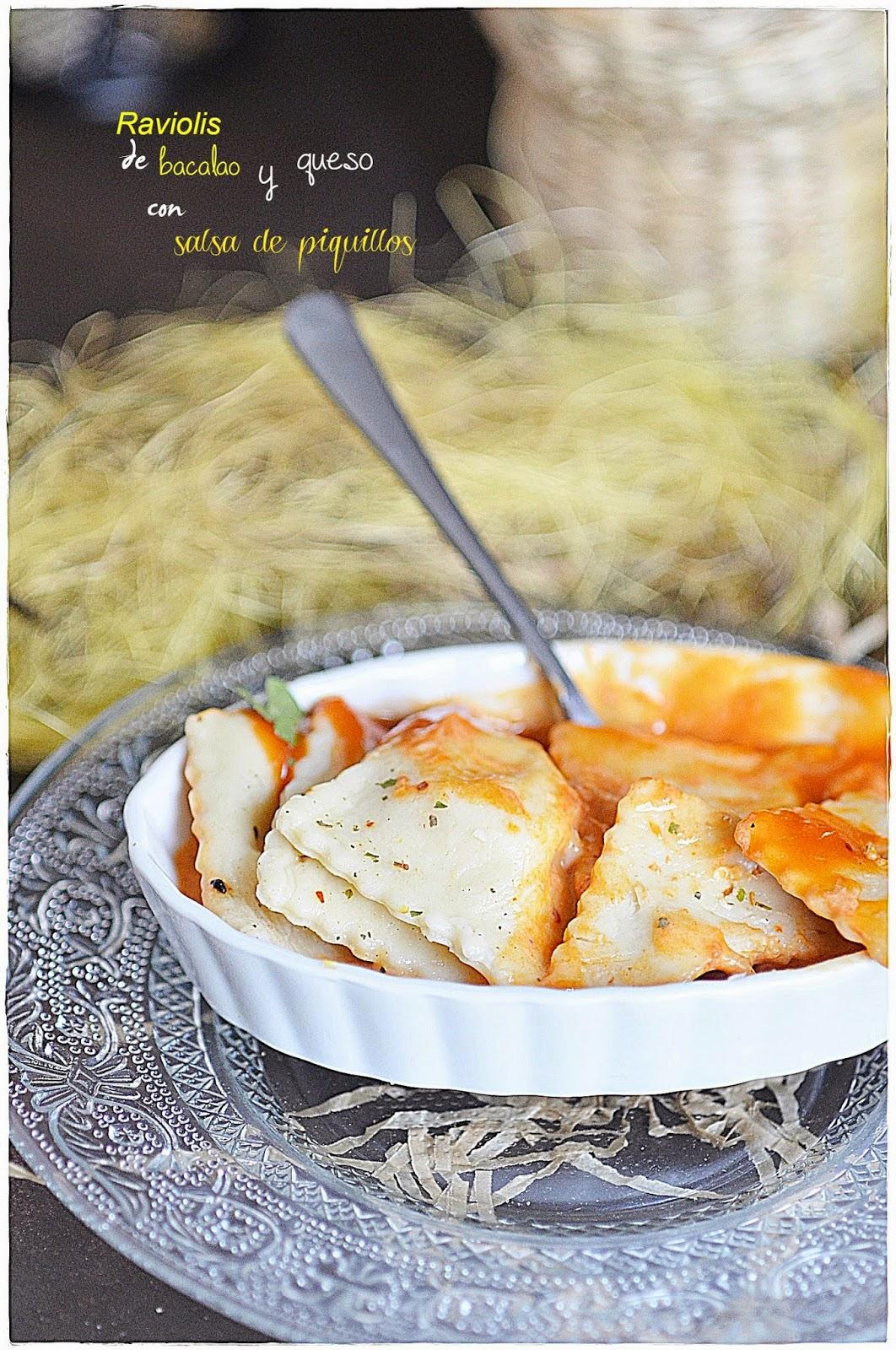 Raviolis de bacalao y queso con salsa de piquillos