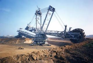 أضخم آلة على وجه الأرض