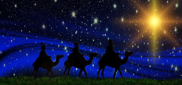 3 Wise Men Traveling to Find Baby Jesus