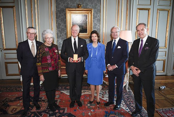Queen Silvia, Princess Christina and Tord Magnuson. Queen Silvia and the Silvia Home, fashion style