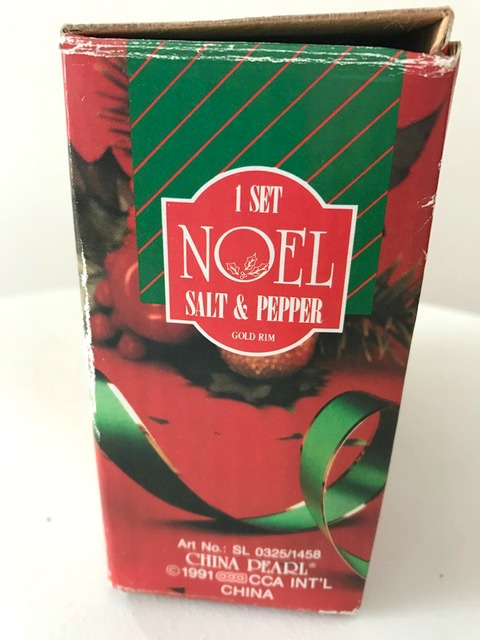 Noel by China Pearl 1991 Holly and Berries Salt and Pepper Shaker Set Original Box