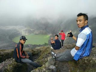 Kawah Gunung Kelud Setelah Meletus