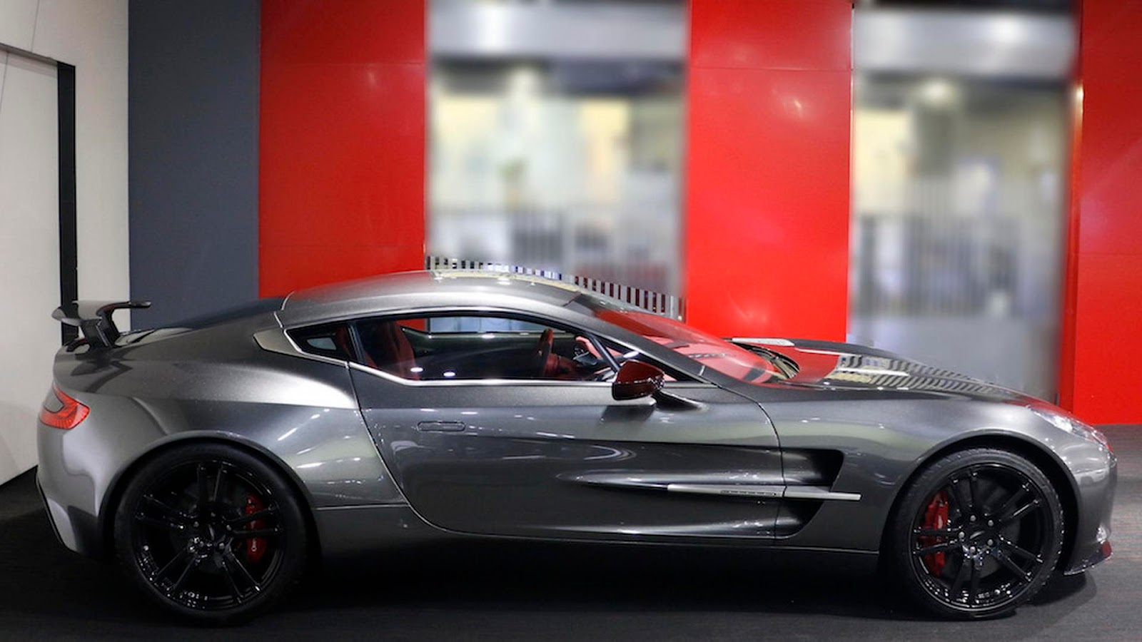 Ultra Rare Aston Martin One-77 Q-Series For Sale In Dubai ...