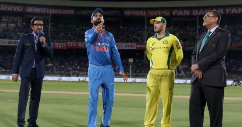 INDVSAUS: In the fourth ODI, India has won the toss and decided to bat, Kohli is closer to the record