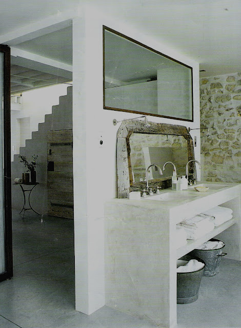 Rustic and contemporary bathroom in an ancient stone farmhouse, image via Côté Maisons, edited by lb for linenandlavender.net