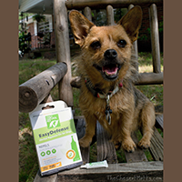 Only Natural Pet EasyDefense Herbal Squeeze-On Review