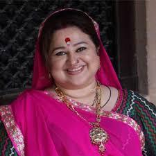 Biodata Supriya Shukla berperan sebagai Sarla Arora ( Ibu Pragya dan Bulbul )