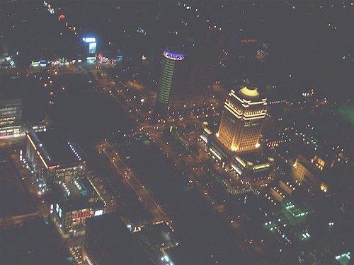 101觀景台中秋賞月|梁靜茹簽唱會|法國雷諾F1車隊展示