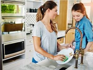 Cara Mencuci Piring Dengan Sabun Sesuai Urutan dan Prosedur