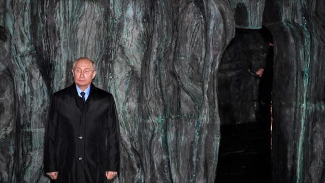 Putin inaugura monumento dedicado a víctimas de represión de URSS