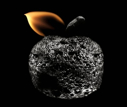 04-Match-Apple-Flame-Russian-Photographer-Illustrator-Stanislav-Aristov-PolTergejst-www-designstack-co