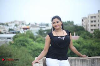 Vasavi Reddy Latest Picture Shoot Gallery  0011