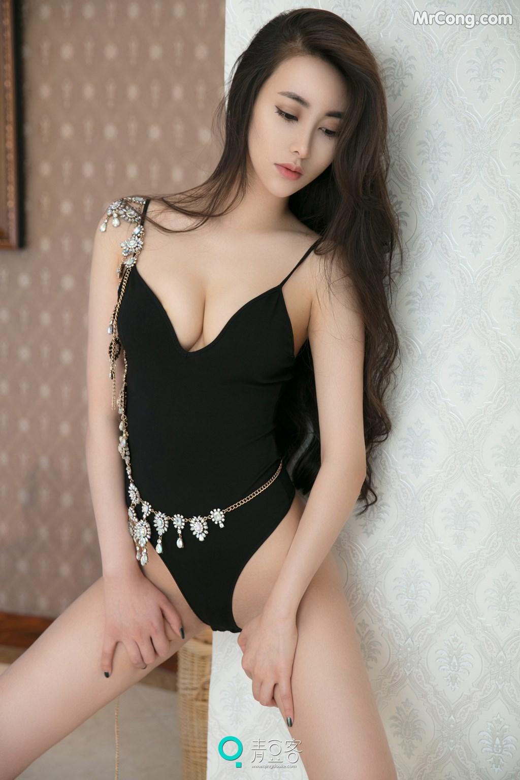 Image QingDouKe-2017-08-03-Mu-Fei-Fei-MrCong.com-015 in post QingDouKe 2017-08-03: Người mẫu Mu Fei Fei (穆菲菲) (53 ảnh)