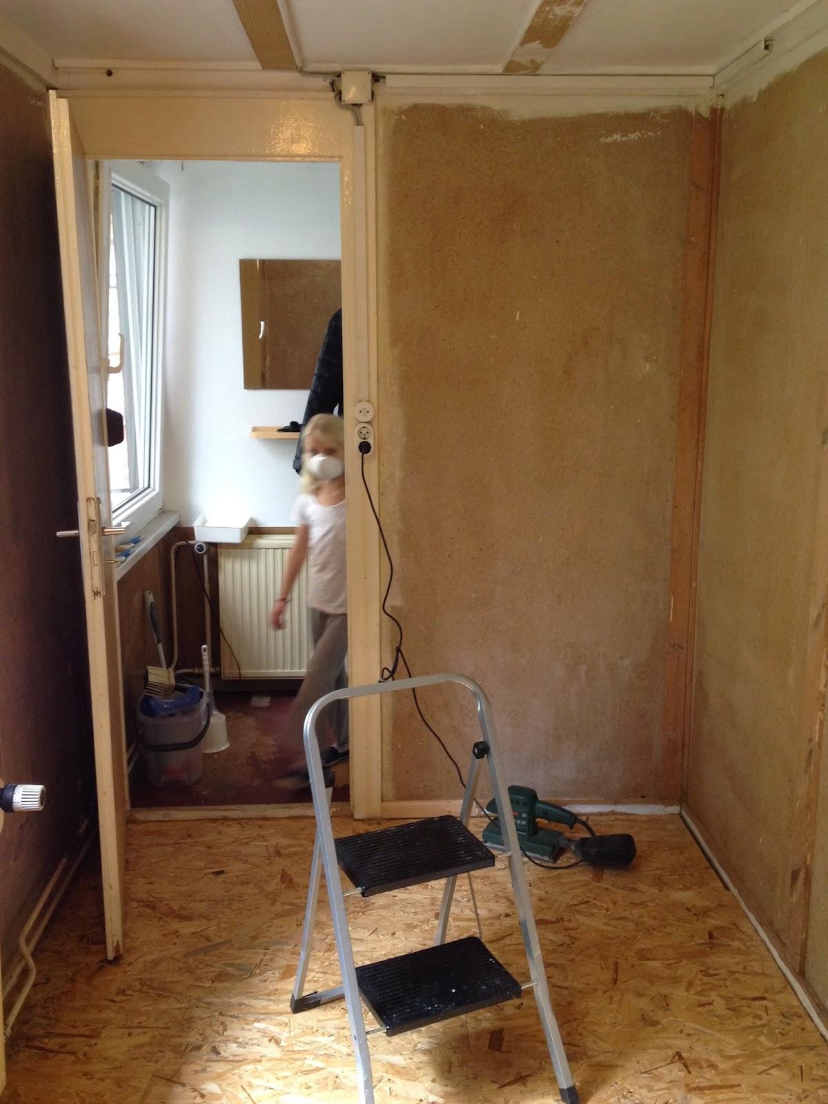 lauxhaus mia 39 s zimmer nach dem streichen. Black Bedroom Furniture Sets. Home Design Ideas