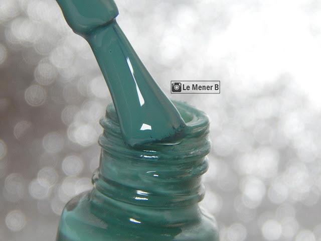 esmalte-verde-da-vult