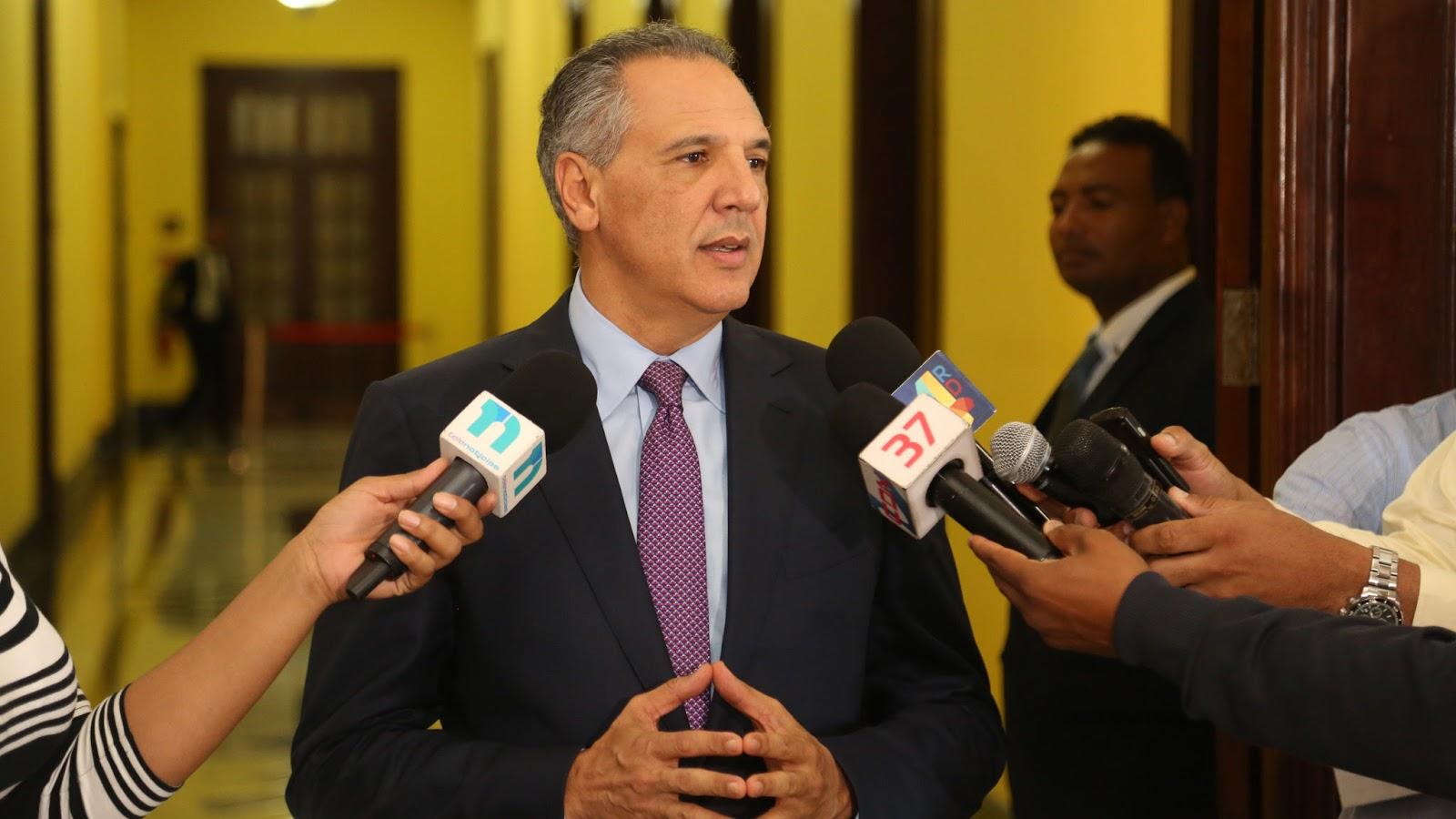 Danilo instruye instituciones públicas actuar con presteza para recuperar zonas afectadas