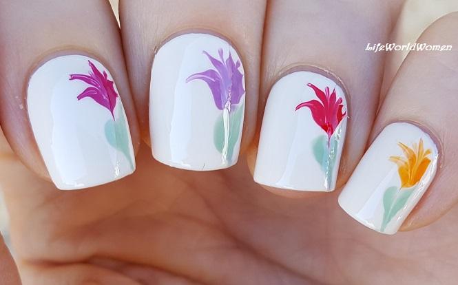 Life World Women Dry Marble Flower Nail Art