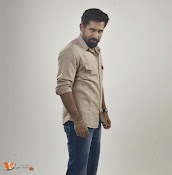 Yaman Movie Stills-thumbnail-3