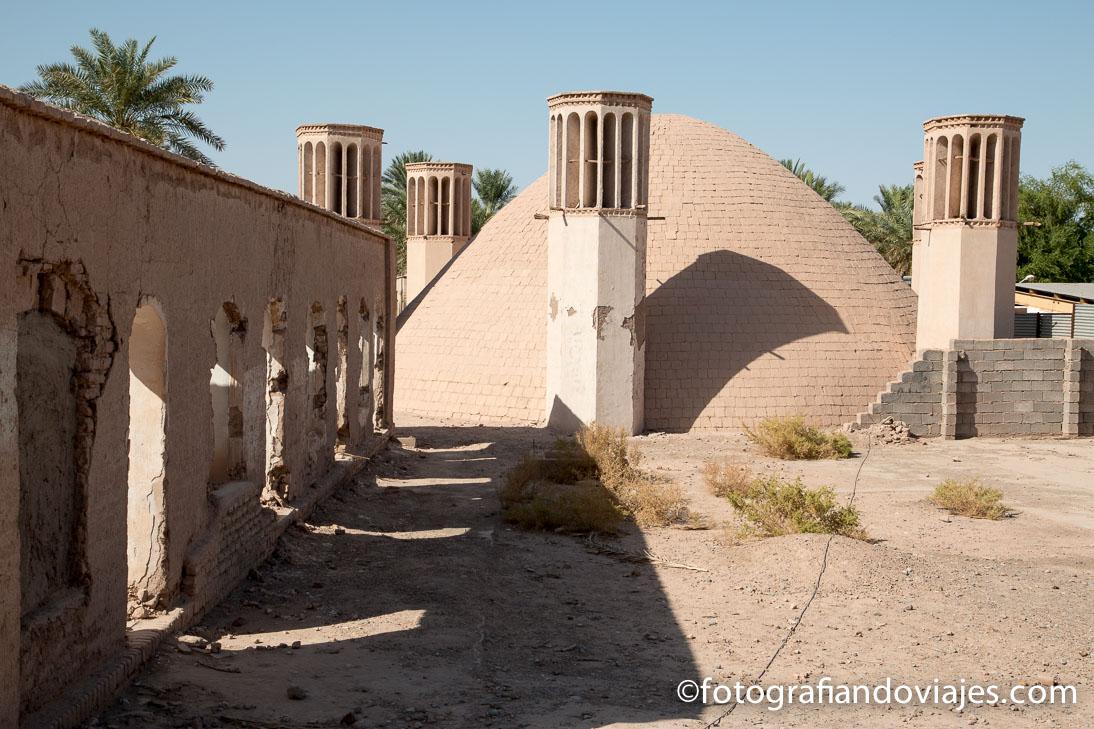 Badgirs o torres de ventilacion en el desierto de Iran