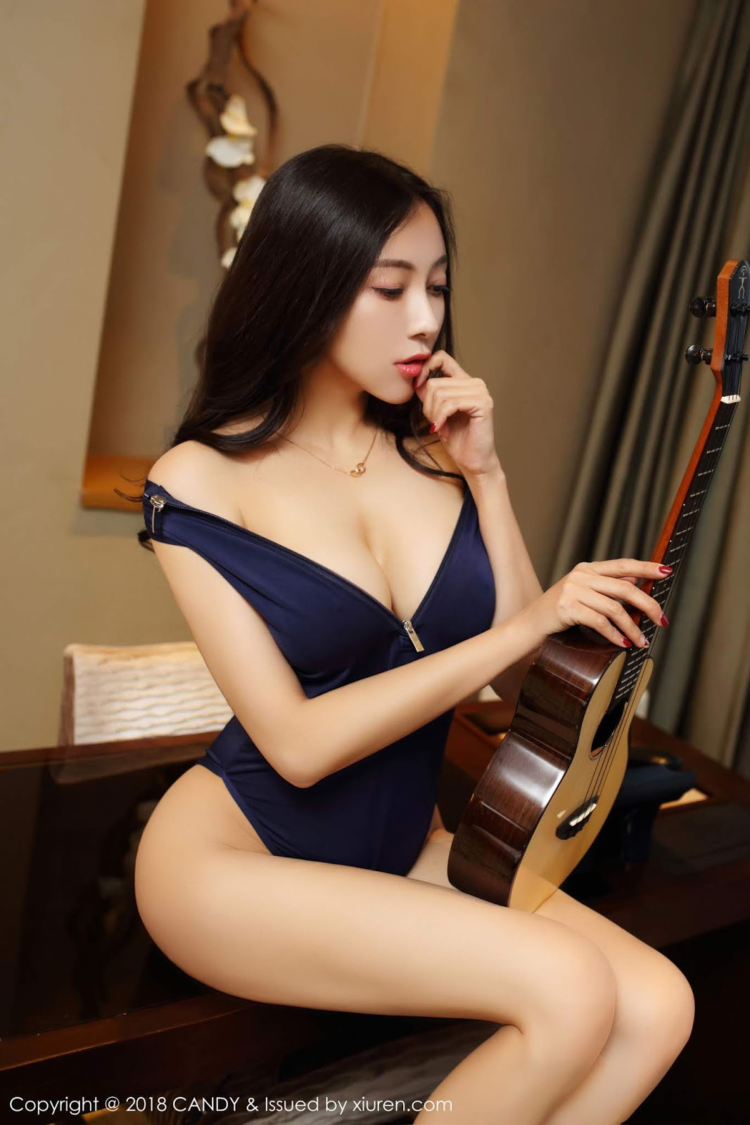 Victoria Song Guo 松果儿cc Massive Boobs Chinese Model is a