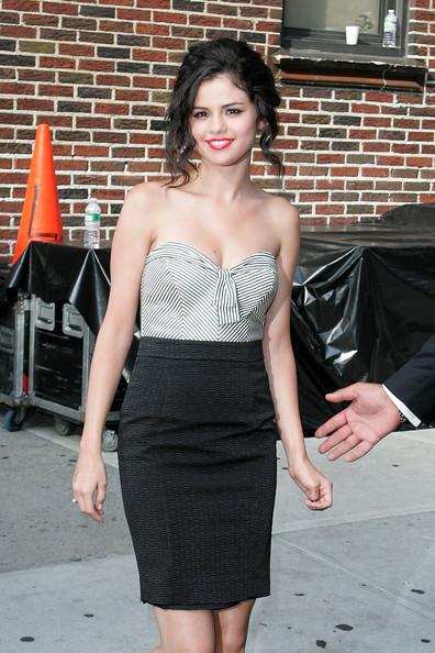 Celebrity Hairstyle Ideas Selena Gomez Messy Updo Bun
