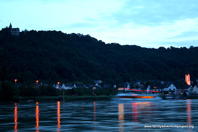 Evening boats on the Rhine
