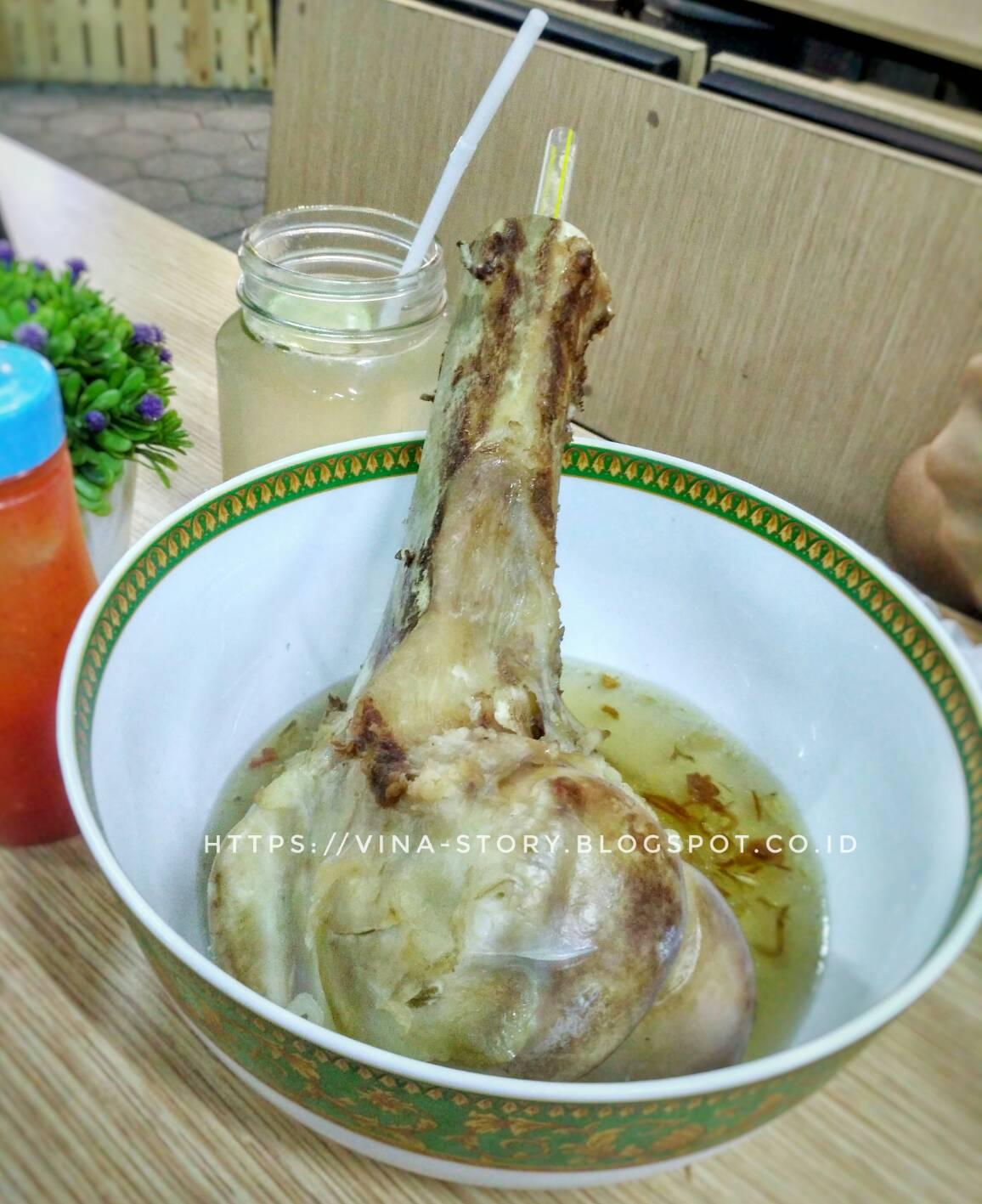 Vina Story Kuliner Bandung Makan Sumsum Tulang Sapi