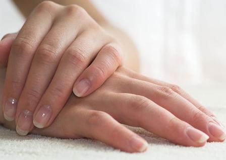 7 Cara Mengatasi Kulit Tangan Kering Akibat Sering Cuci Baju Dan Piring