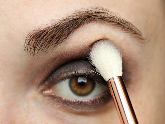 twenties make-up: step 3