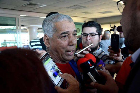 Polémicas declaraciones de Carlos Martí sobre la confección del equipo Cuba, el tercera base regular, el pitcheo zurdo y el uso de los abridores
