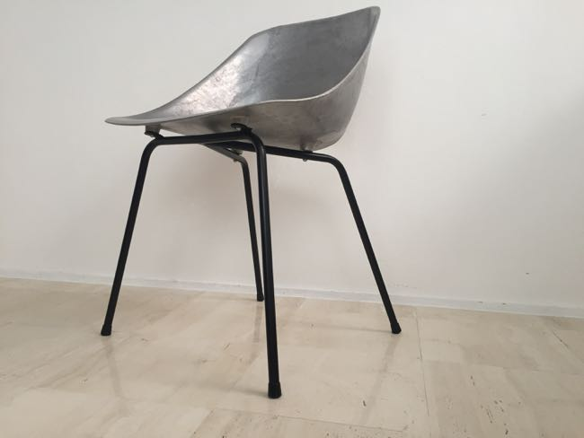 decorative 567 pierre guariche tulip chair 入荷致しました