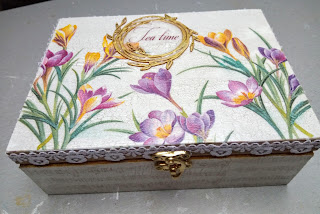 Muzyczne pudełko na herbatę…