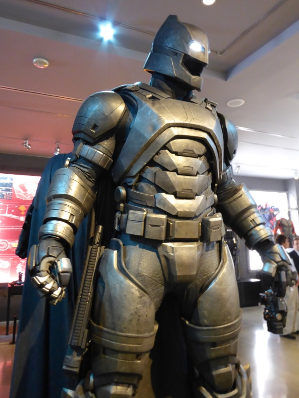 Mech Batsuit Batman v Superman