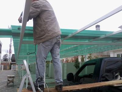 garagem de carro em condominio Cobertura de Policarbonato Telhas Click 250 mm - Polysolution
