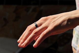 13-anillo-de-compromiso-negro