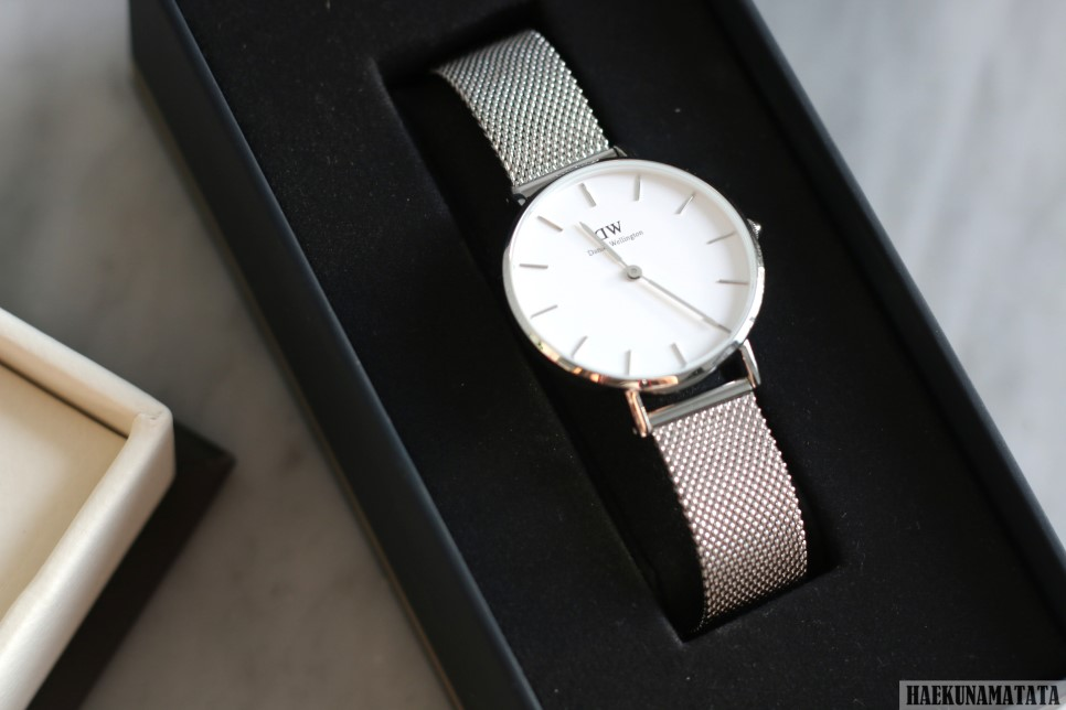Daniel Wellington Classic Petite Sterling Review, Discount Code