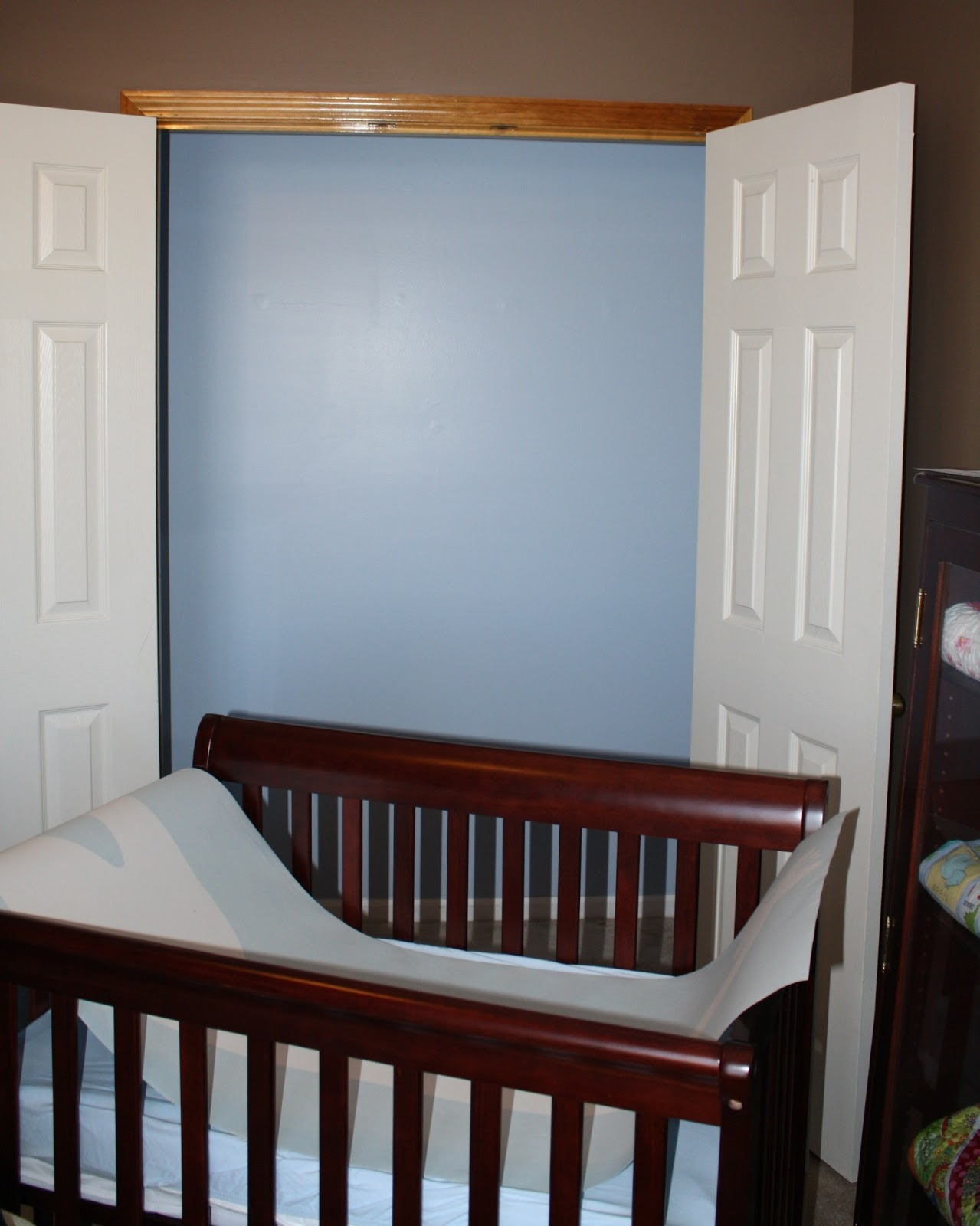 Oxford Impressions: Vinyl Wall Decal For Closet Nursery Nook