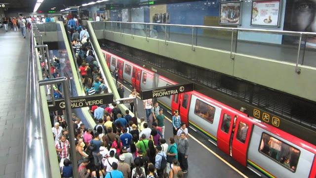 Metro de Caracas ya no acepta billetes de Bolívares Fuertes