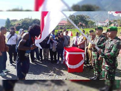 Yuni Wonda Pimpin Upacara Penerimaan 4 Mantan KSB Puncak Jaya ke Pangkuan NKRI