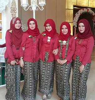 Gambar Baju Muslim Kebaya Modern Kombinasi Batik untuk Seragam Resepsi ...
