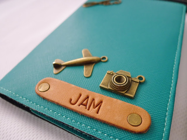 Personalized Passport by Cha and Mei | traveljams