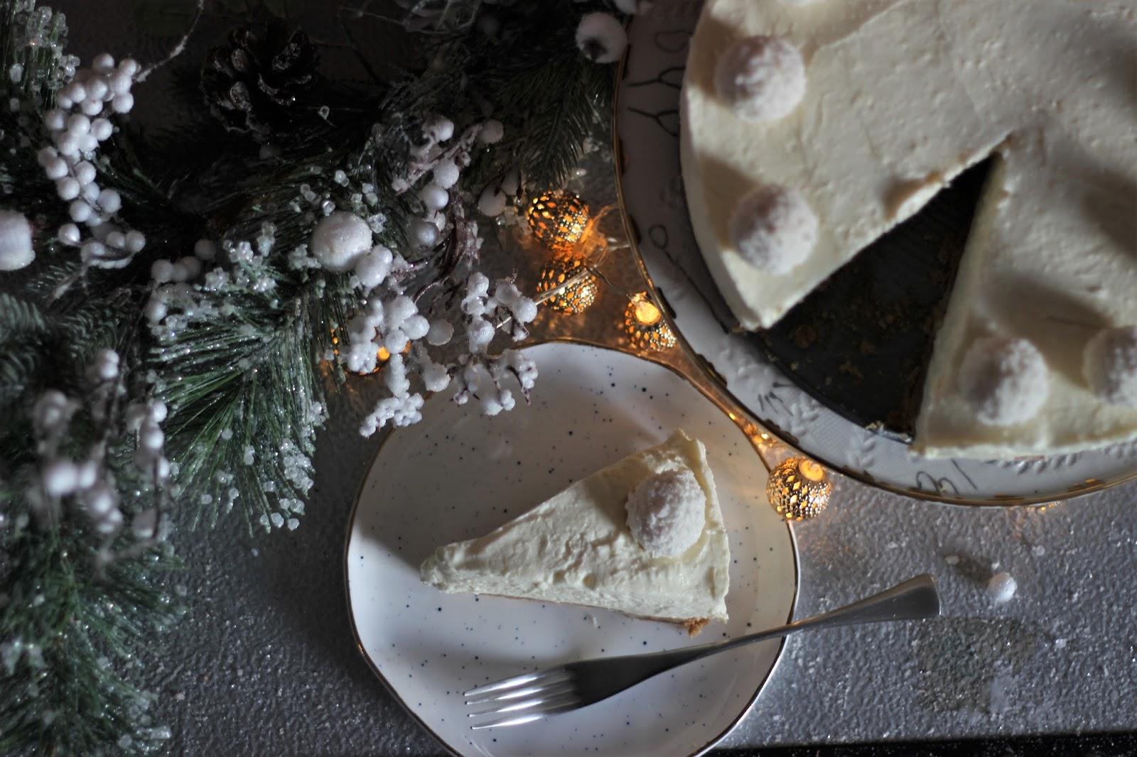 white-chocolate-snowball-cheesecake