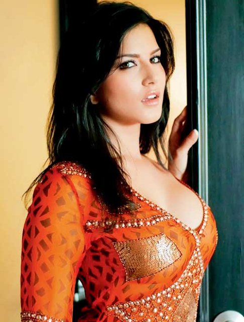Sunny Leone Bollywood Hot Actress