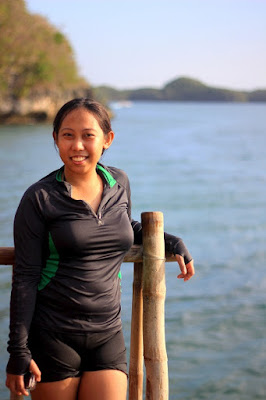 Girl Travel in Hundred Islands, Pangasinan