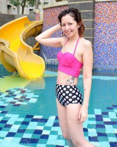 Foto Seksi Naomi Lee tanpa celana