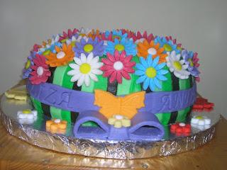Cristina's Cakes - dulciuri (mai gustoase chiar) ca la mama acasa!