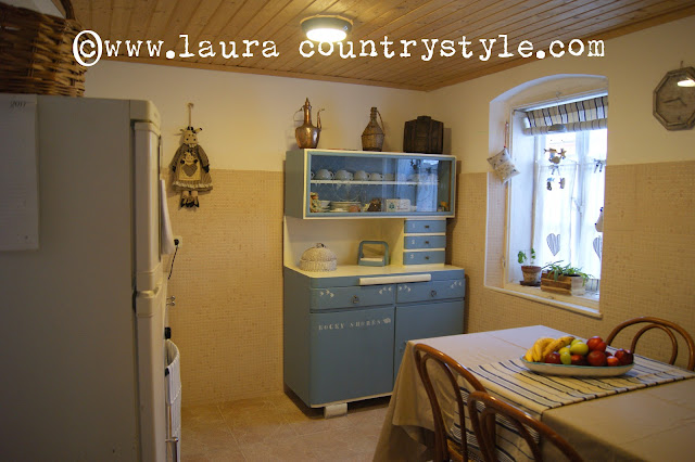 Laura country style welcome in our kitchen for Mobili anni 60
