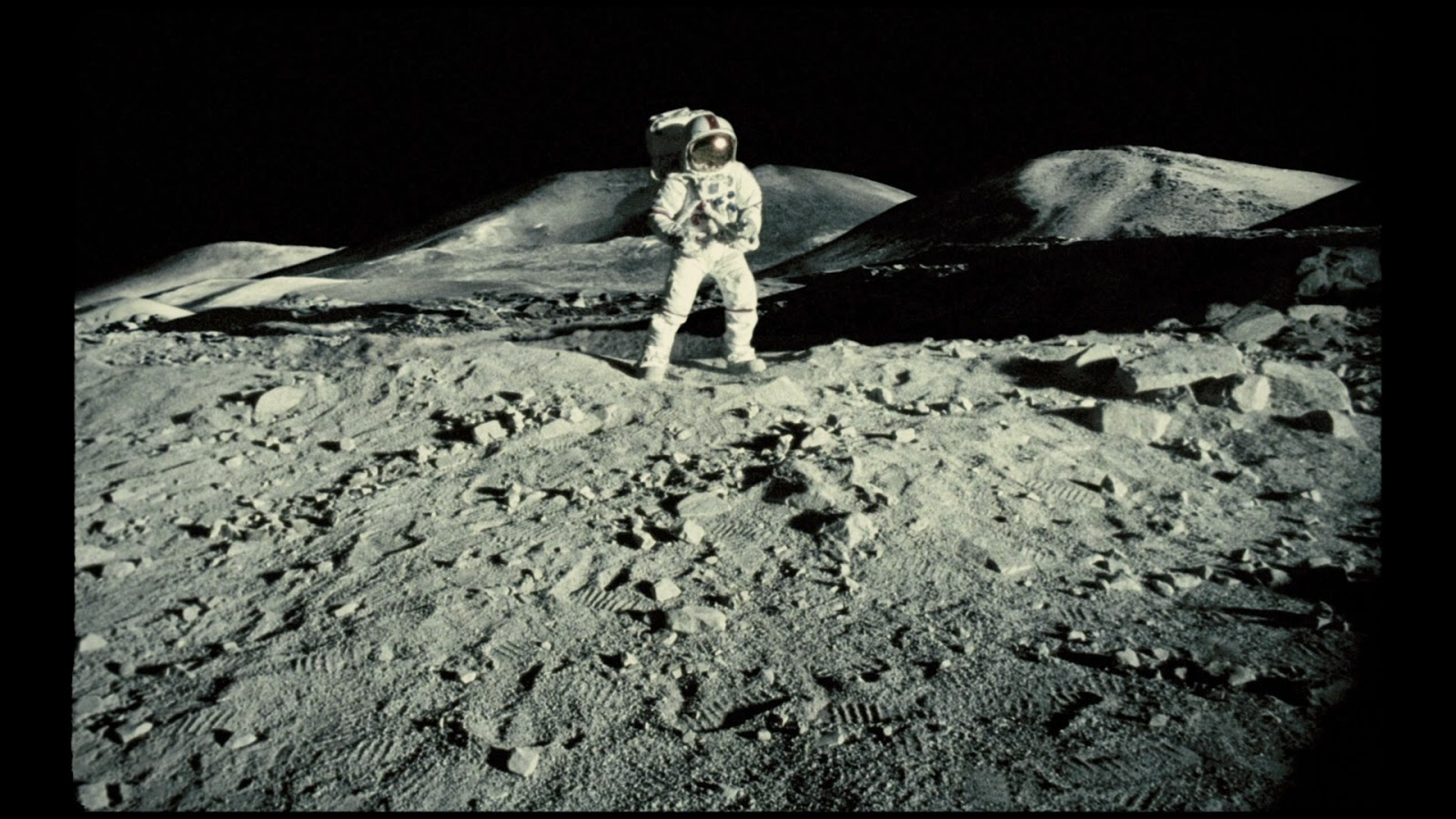 Moon Spiders Apollo 18 - Pics about space