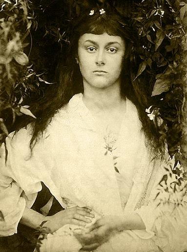 Alicia Liddel por Julia Margaret Cameron