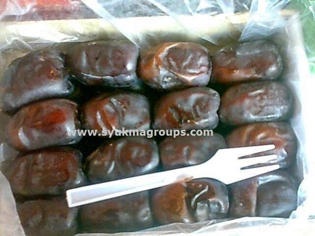 Kurma Madu Manisa dan Ummi Dates - First Quality Mozafati Dates
